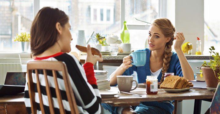 یادگیری سریع زبان انگلیسی با کسانی که با آنها معاشرت می کنید